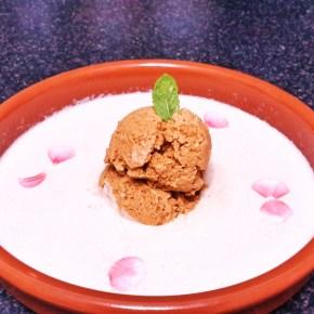 Ajoblanco con helado detomate