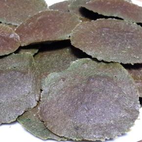 """""""Crackers"""" de nueces yespinacas"""